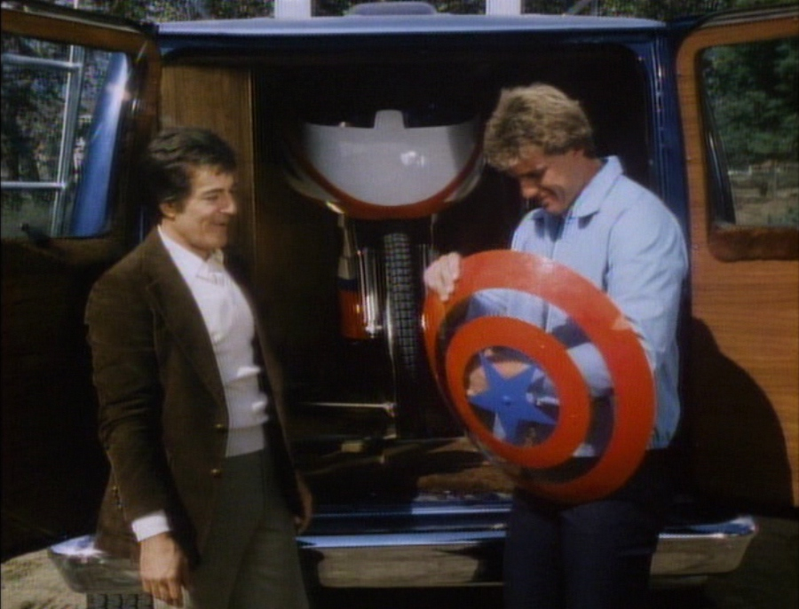 lethal weapon helicopter scene with Super Tv Movies Captain America 1979 on Showthread likewise 136 further Trailer Legendado E Fotos Oficiais De Homem De Ferro 3 additionally Index further Fws Armory Underwater Firearms By Yoel.
