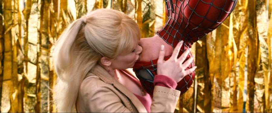 SpiderMan3GwensInvertedKiss